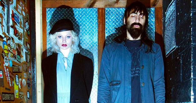 "CRYSTAL CASTLES: ""Concrete"" and ""Char"" nuovi singoli post-Alice Glass"