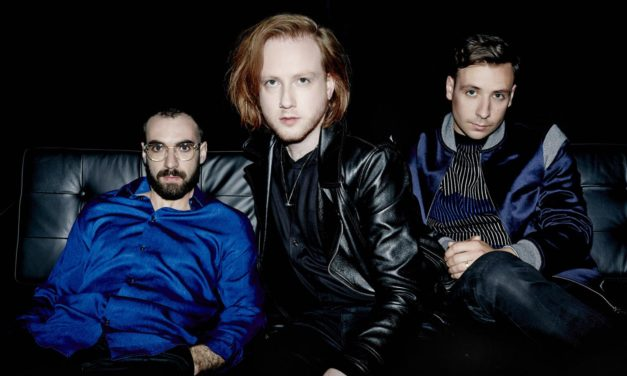 Two Door Cinema Club: Are We Ready? GAMESHOW