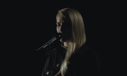 "LONDON GRAMMAR: ascolta il nuovo singolo ""Rooting for you"""