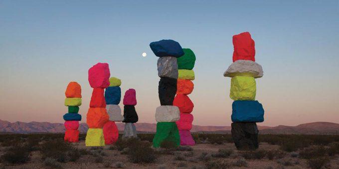 Guarda gli ultimi video di Le luci della centrale elettrica, Gazebo Penguins, Cactus?, LIM