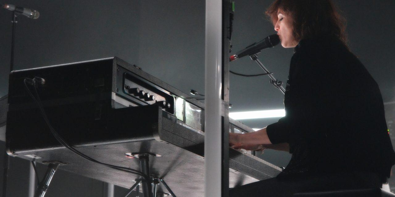 Intimità ed elettronica: Charlotte Gainsbourg live | Fabrique [foto report]