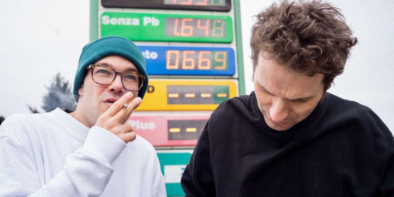 Generazione sushi, carsharing e Negroni, i FANOYA raccontano la modernità tra synthpop e suoni vintage