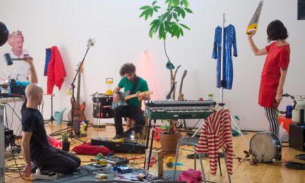 Il traccia dopo traccia di Cosmesi e il loro imperdibile show domenica a Santarcangelo Festival