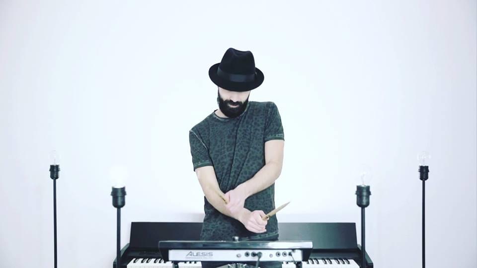 Andrea Fornari, la strada di casa passa sempre da musica e cuore. [intervista]
