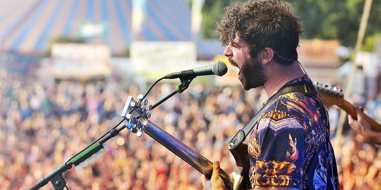 "I FOALS live a Milano per presentare ""Everything Not Saved Will Be Lost – Part 1"""