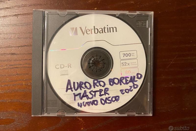 Auroro Borealo vende il master del nuovo disco su Subito.it