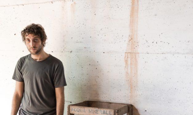 """Gimme Five: 5 brani fondamentali per Leandro e il nuovo album """"Fossimo già grandi"""""""