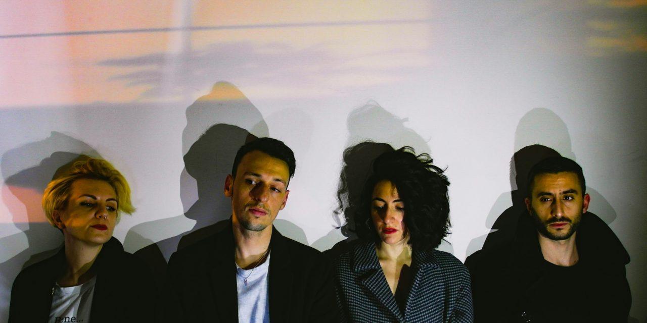 """GIMME FIVE: 5 pezzi fondamentali per CRISAORE e il nuovo video di """"Sereno"""""""