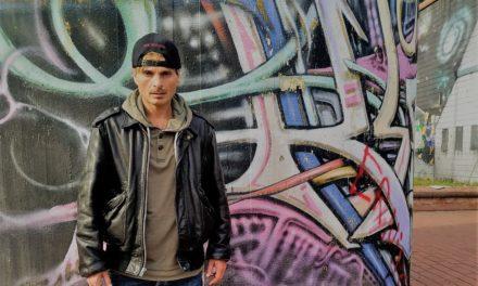 """GIMME FIVE: 5 videoclip fondamentali per FEBO e il singolo """"Giuda Sputa"""""""