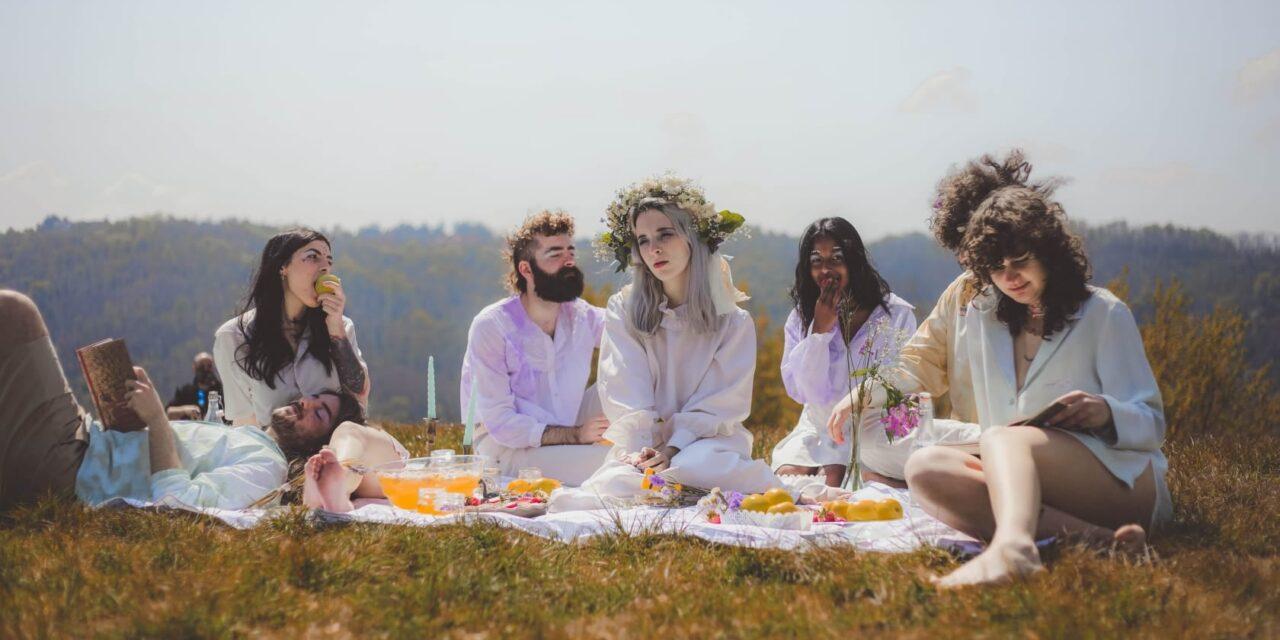 """""""Una buona ragione"""" di Möly è il videoclip che devi guardare oggi [Video Première]"""