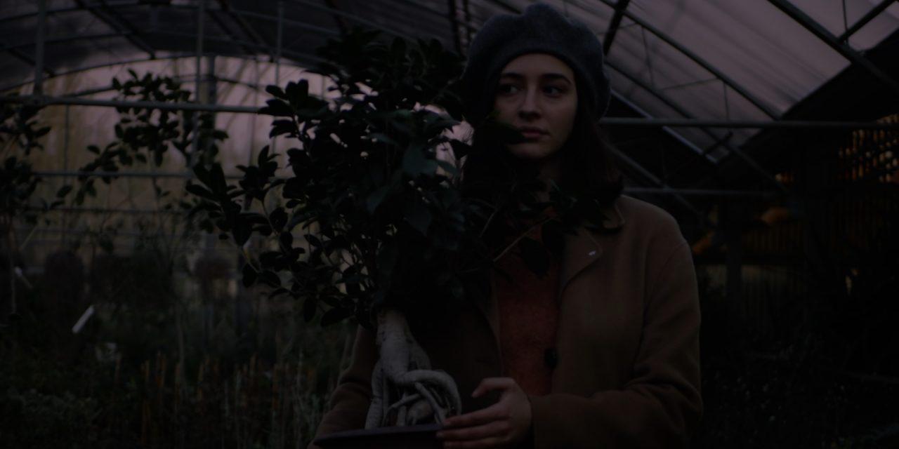 Hit Parade di MIVÀ è il videoclip che devi guardare oggi [Video Première]